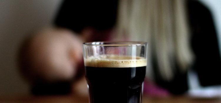 Ob du nun Malzkaffe beim Stillen oder deinen Durst mit echtem Kaffee stillen willst - beides hat seine Vor- und Nachteile, und es sieht hervorragend aus.